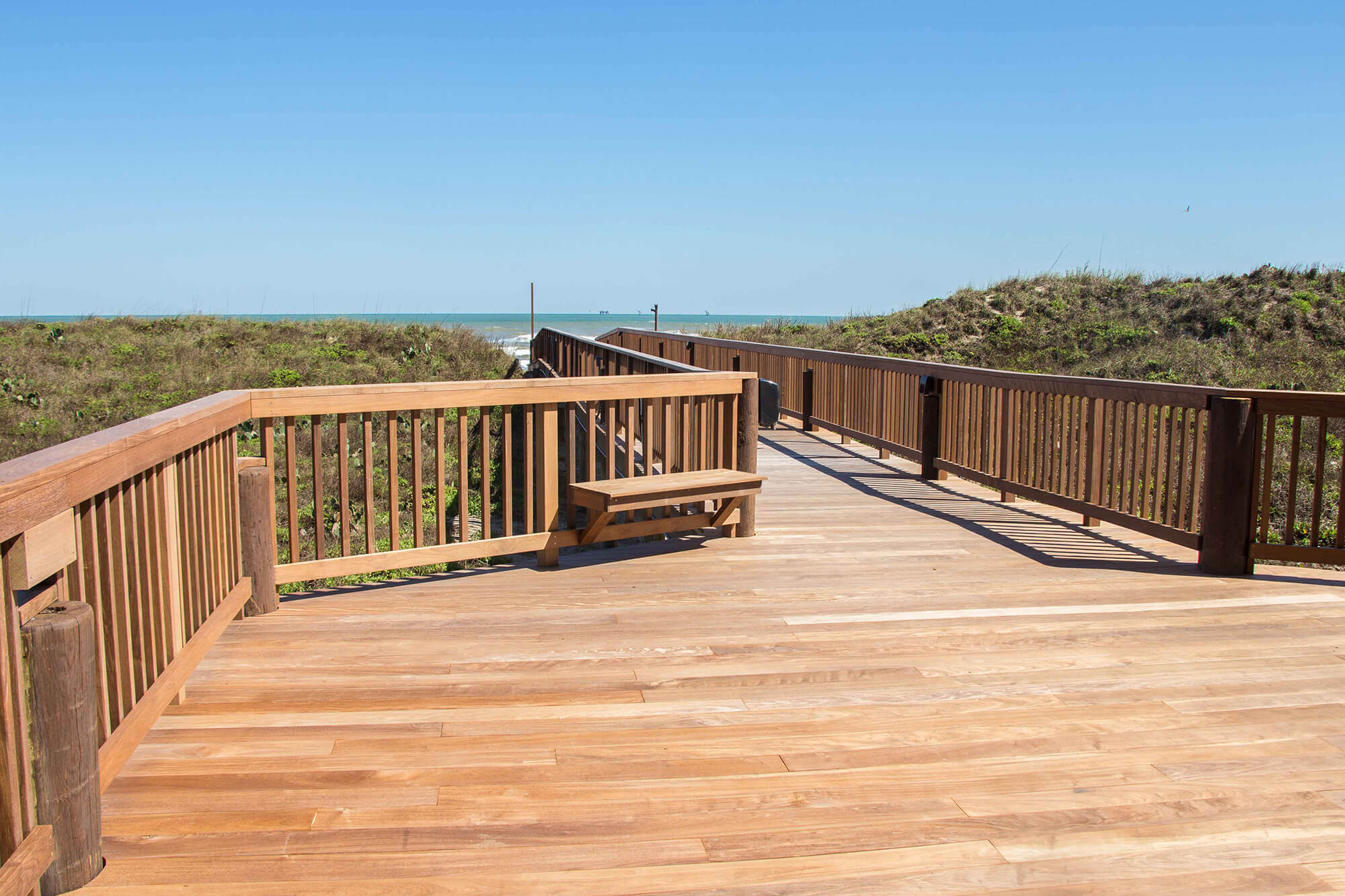 New sandpiper boardwalk port aransas texas vacation rentals for Fishing cabins for rent in texas