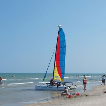 Sail boat on the beach